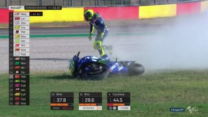 Роси катастрофира в третата тренировка от MotoGP