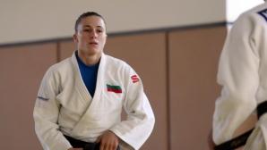 Ивелина Илиева записа две победи и поражение на Световното