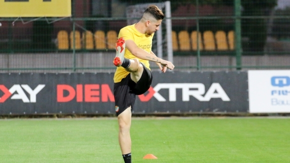 Ботев (Пловдив) тренира часове след поражението от Лудогорец