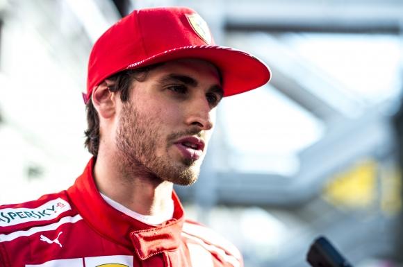 Джовинаци ще бъде съотборник на Райконен във Ф1 догодина