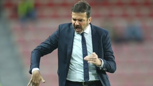 Бивш треньор на Интер поема Астън Вила?