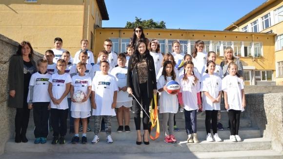Златната Ренета Камберова посети Плевен по повод Европейската седмица на спорта