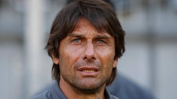 Челси спъва Конте за Милан