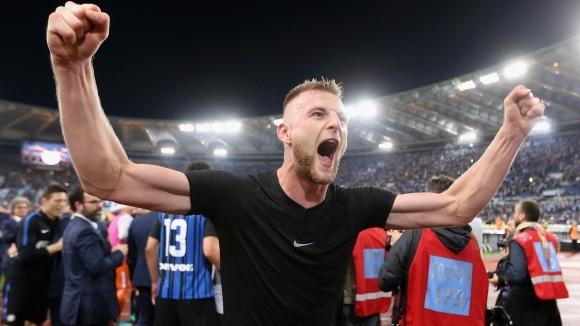 Барселона чука на вратата на Интер