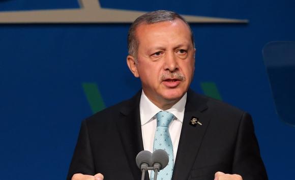 Ердоган осъди отношението в Германия към футболисти от турски произход