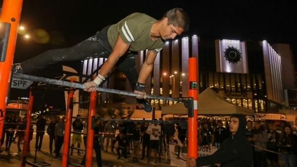 Хиляди се включиха в първата Европейска нощ на спорта
