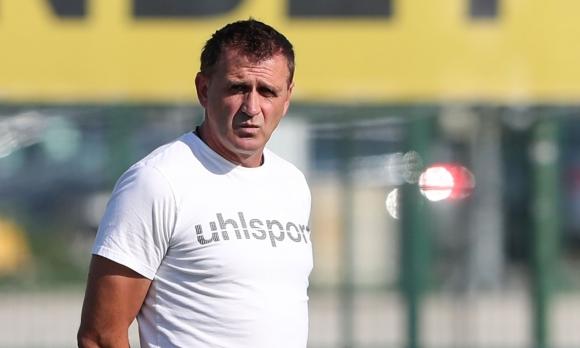 Акрапович: Не победихме заради дефанзивната тактика на Етър и неотсъдената дузпа