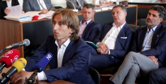 Свалиха обвиненията за лъжесвидетелстване срещу Лука Модрич