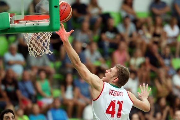 Скромен дебют на Везенков за Олимпиакос в гръцкото първенство