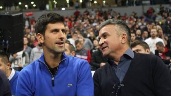 Бащата на Джокович: Федерер е голям шампион, но малък човек
