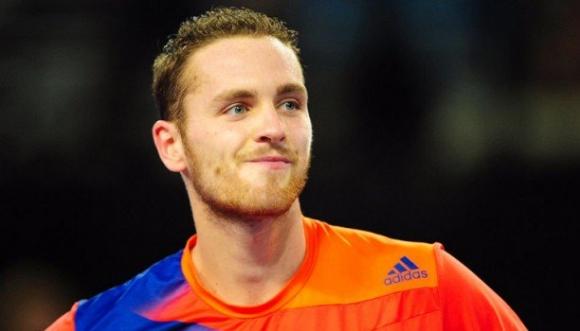 Французин счупи рекорда за поредни асове в един мач