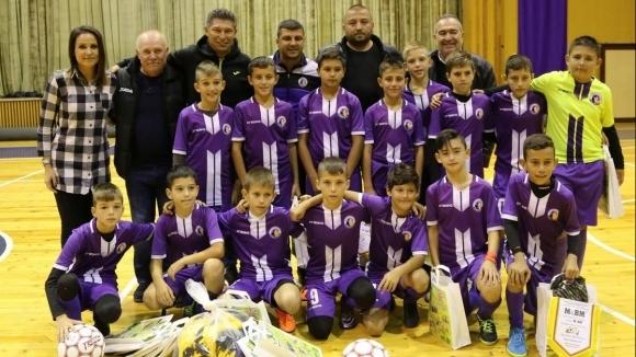 Красимир Балъков и Илиян Киряков наградиха таланти от Горна Оряховица