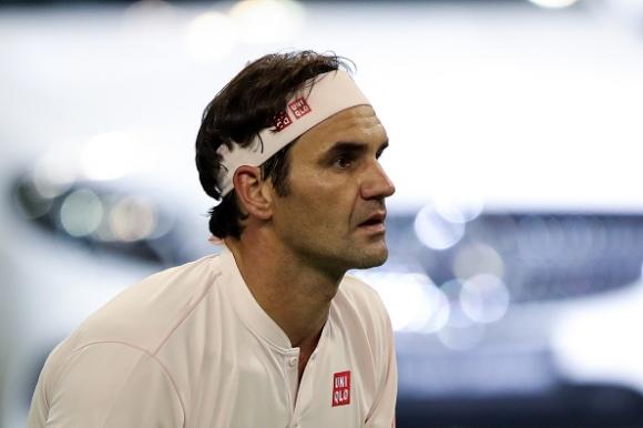 Такъв удар не се вижда всеки ден... дори Федерер аплодира (видео)