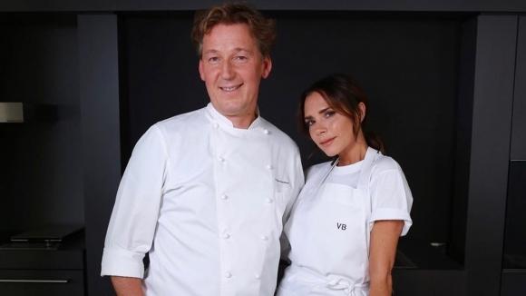 Виктория Бекъм се развихри в кухнята (видео)