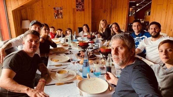 Меси се събра със семейството си (снимки)