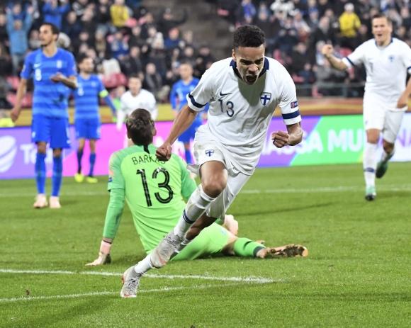 Финландия лети в Лига