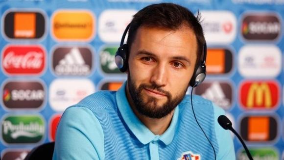 Хърватин аут за Лацио след единоборство с Лукас Лейва
