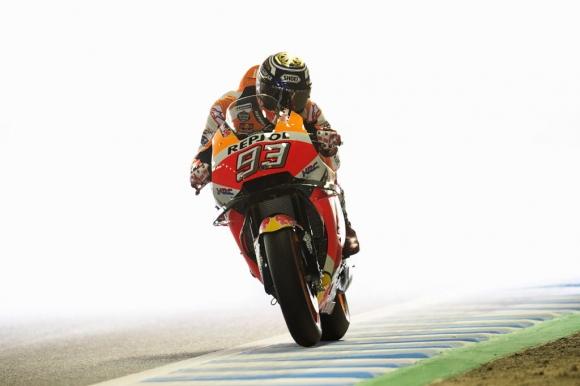 Маркес спечели титлата в MotoGP още с първия си опит, Дови не издържа на напрежението