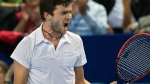 Симон с 450-а победа като професионалист, Цонга започна с победа в Антверп