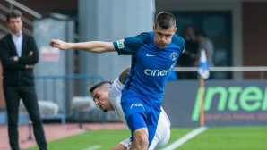 Нов силен мач за Страхил Попов при 5:0 на Касъмпаша