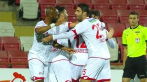 Димов отново титуляр в Турция, тимът му бие
