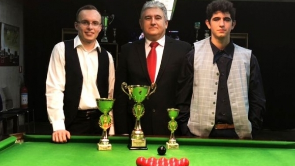 Драматичен обрат във финала донесе титла на Виктор Илиев