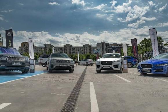 Jaguar и Land Rover на турне из България