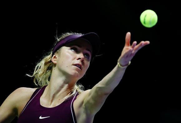 Свитолина детронира Вожняцки и отива на полуфиналите непобедена
