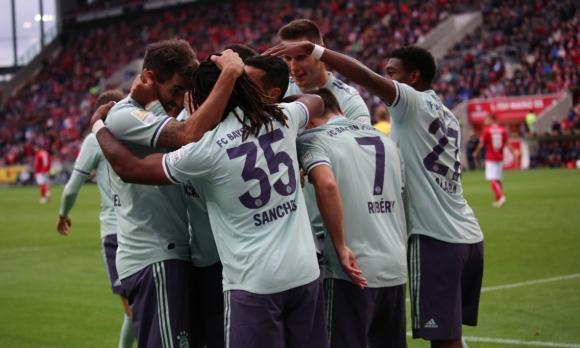 Още една победа за Байерн и нещата в Бундеслигата започват да си идват на мястото