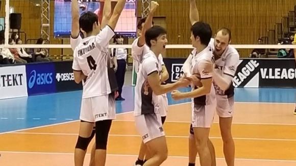 Вальо Братоев дебютира с 15 точки и донесе първа победа на ДжейТЕКТ в Япония (видео + снимки)