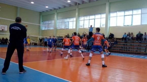 Виктория Волей, Раковски и Арда без загуба в група Б на Висшата лига