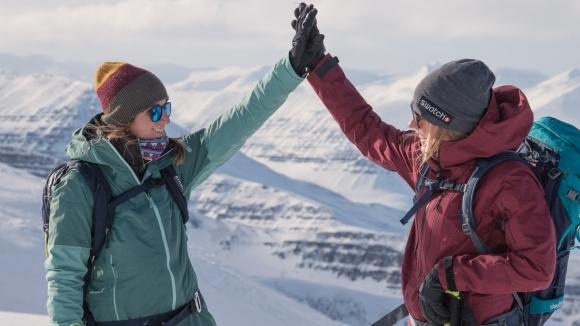 Сноубордистки с филм за Исландия и правата на жените