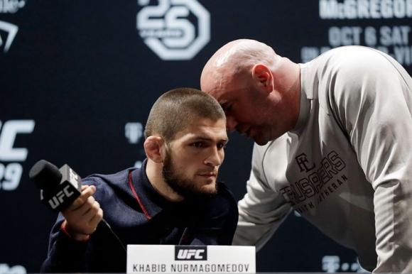 Дейна Уайт: Боят Нурмагомедов - Мейуедър трябва да се проведе в UFC