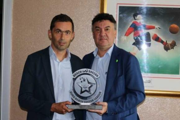 Треньорът на България по плажен футбол отива в Дубай