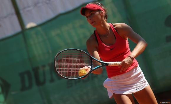 Ани Вангелова стигна до полуфиналите в Гърция