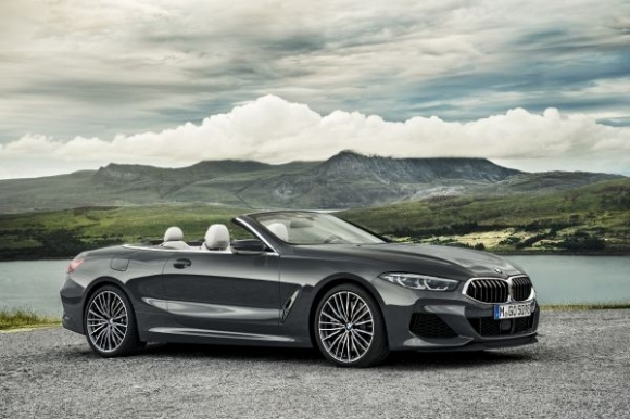 BMW показа новия кабриолет от Серия 8