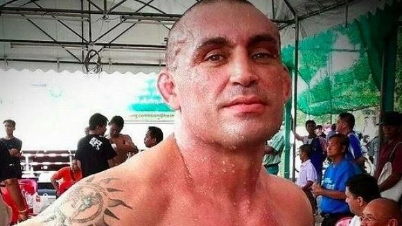 Италиански боксьор почина след нокаут в Тайланд (видео)