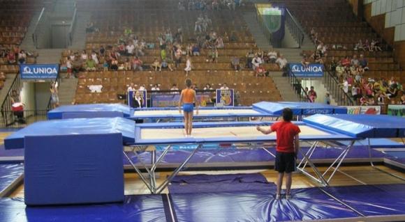 Ясен Иванов и Георги Илиев не успяха да преминат квалификациите на СП по батут
