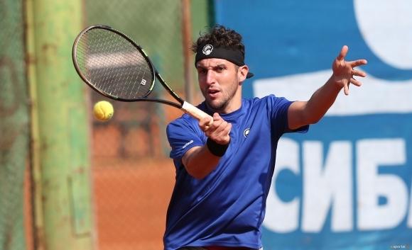Васко Младенов остана на крачка от финал в Естония