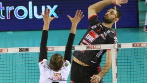 Цветан Соколов заби 17 точки,  Лубе с победа №6 в Италия (галерия)