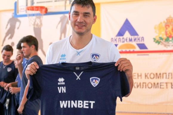 Владо Николов обмисля завръщане срещу ЦСКА
