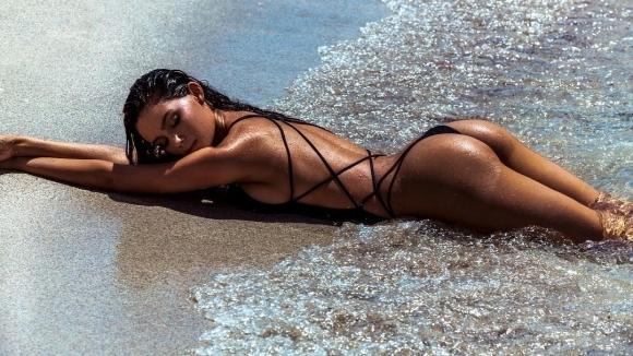 Горещ бразилски модел е новата муза на НБА звезда