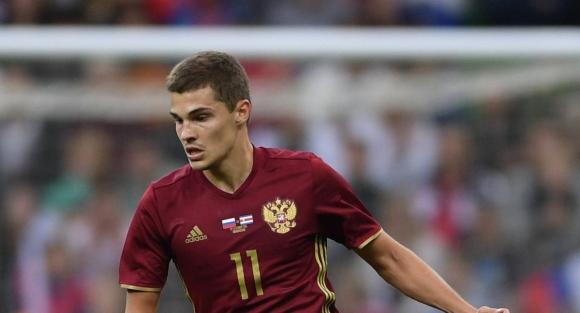 Зобнин отпадна от състава на Русия за мача с Швеция
