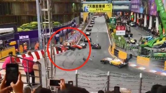 Фльорш с фрактура на гръбнака след зловещата катастрофа в Macau GP