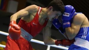Боксьорите с два медала от Испания