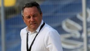Стоянович призна за разговор на висок тон и коментира трансфер на Ники Михайлов
