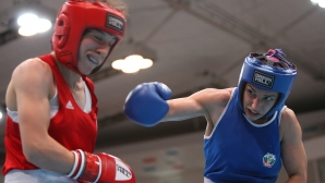 Йонузова отпадна в първия кръг на Световното първенство по бокс