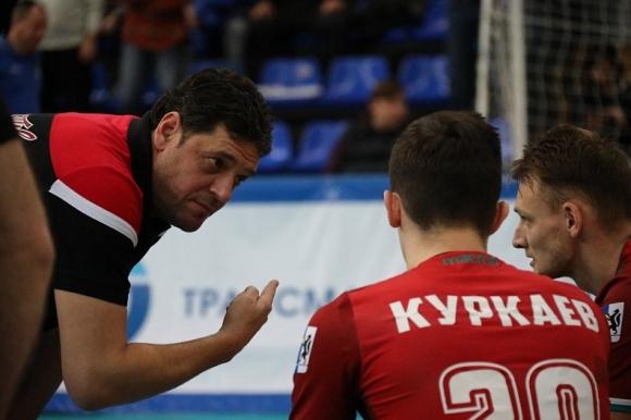 Пламен Константинов и Локо (Новосибирск) с 5 от 5 в Русия (видео + снимки)