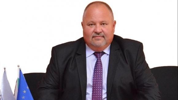 Кметът на Нови Пазар заплаши да извади отбора от първенството