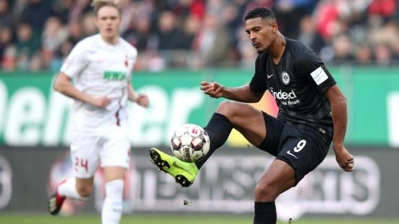 Три гола, три точки: Айнтрахт наказа и Аугсбург
